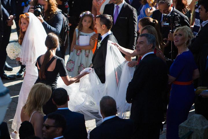 Криштиану Роналду подарил на свадьбу другу остров