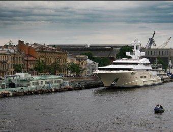 Для Абрамовича построили самую дорогую яхту в мире