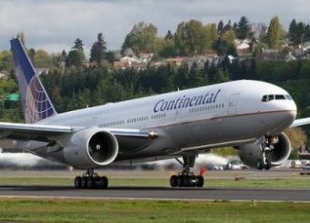 Пилот Boeing-777 умер в воздухе