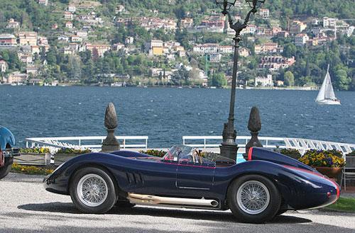 Maserati 250S: такие автомобили участвовали в гонках Mille Miglia и Le Mans.