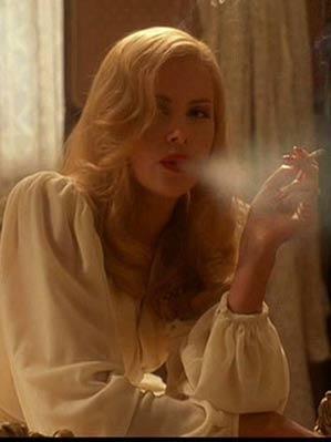 Звезды бросили курить...