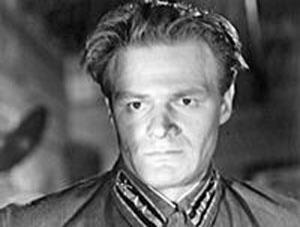 Борис Юрченко, сыгравший в фильме «Живые и мертвые», в юности сидел в тюрьме за хулиганство. Как-то, крепко выпив с друзьями, он очень сильно избил человека. Свидетели преступления вызвали милицию, парня скрутили на месте.