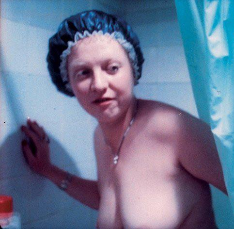 фото голая крючкова из фильма родня