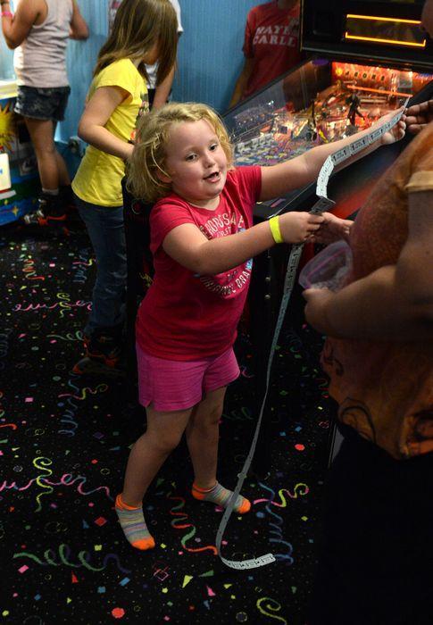 Передача с Аланой Томпсон «Малыши и диадемы» вышла 4 января 2012 года, и на следующий день девочка проснулась звездой по имени Хани Бубу.
