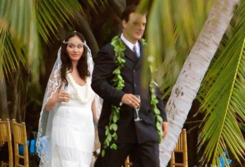 Свадьба прошла 6 апреля 2012, и была тихой и невероятно романтичной. Церемония бракосочетания проходила на острове Мауи, а в качестве гостей были приглашены только самые близкие влюбленных – всего 10 человек. Четырехлетний сын Криса Нота и Тары Орион Кристофер выполнял важную роль на свадебном торжестве – он стал хранителем кольца.
