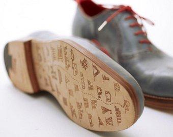 Обувь покажет владельцам дорогу домой